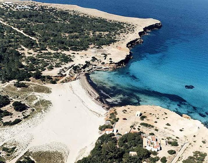 balearic-islands-formentera-cala-saona-01