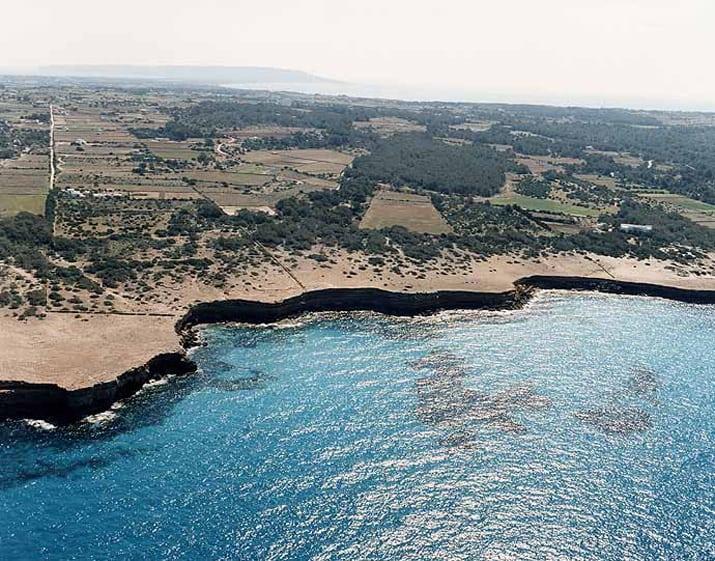 balearic-islands-formentera-calo-den-trull-01