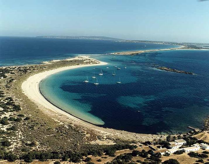 balearic-islands-formentera-es-raco-de-salga-01