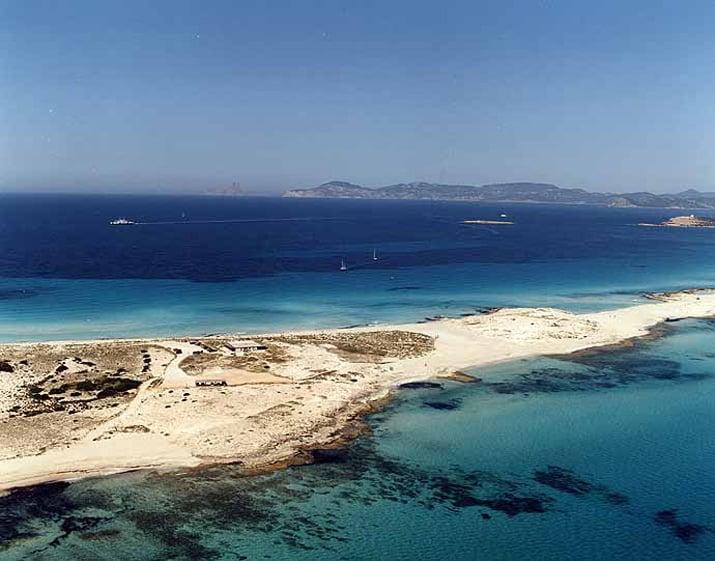 balearic-islands-formentera-platja-de-llevant-01