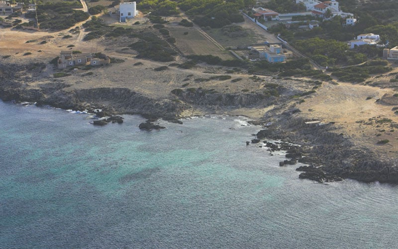 balearic-islands-formentera-platja-de-ses-canyes-01