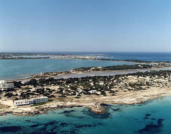 balearic-islands-formentera-sa-roqueta-01